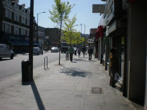 Wider pavements, trees and cycle parking on the Walworth Rd